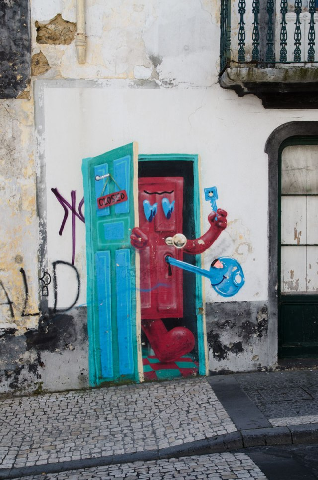 1019-the-love-door-ponta-delgada-sao-miguel-azores-portugal-web